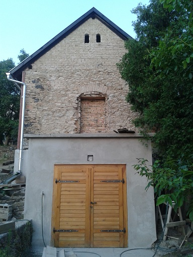 Pre-cellar Plastered
